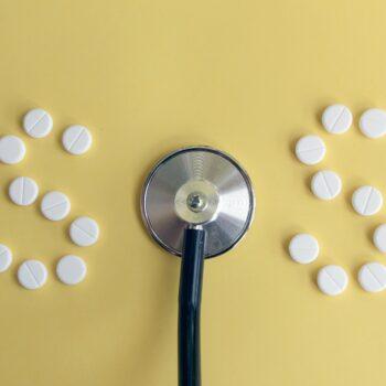 Jak prawidłowo postawić bańki lekarskie?